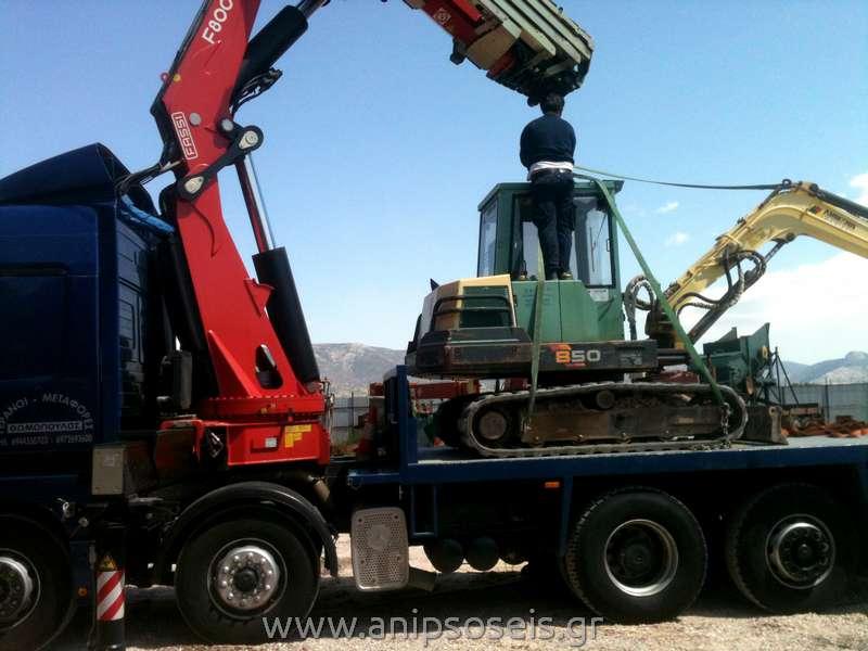 γερανοί και ανυψώσεις σε μεταφορά μηχανήματος