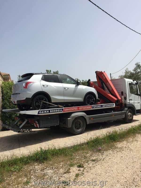 Μεταφορά με γερανό νέου αυτοκινήτου TIVOLI (7)