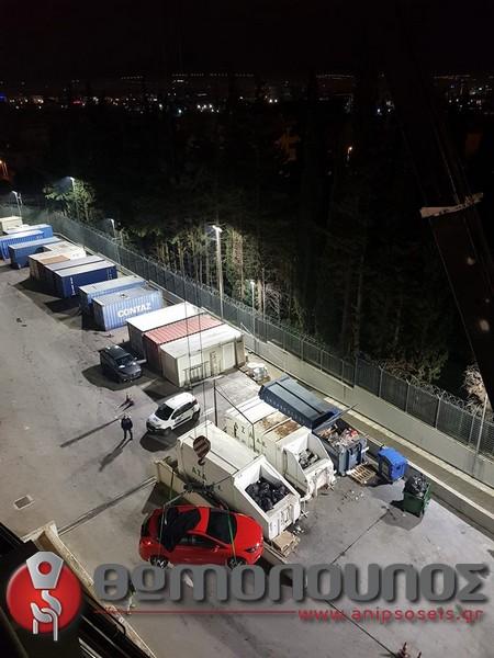 ανύψωση - τοποθέτηση εκθεσιακών αυτοκινήτων, γερανομεταφορές Νίκος Θωμόπουλος για την αυτοκινητοβιομηχανία FORD-2